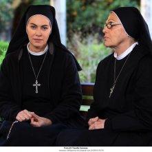 Elena Sofia Ricci e Valeria Fabrizi sul set della nuova fiction di Rai Uno, Che Dio ci aiuti