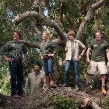 Scarlett Johansson, Matt Damon e Thomas Haden Church in una bella immagine de La mia vita è uno zoo insieme a Colin Ford e Angus Macfadyen