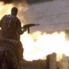 Un soldato russo in una scena tratta dal thriller fantascientifico L'ora nera