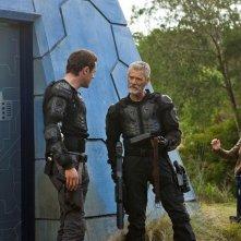 Terra Nova: Jason O'Mara, Stephen Lang ed Allison Miller nell'episodio Within
