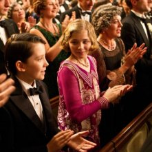 Asa Butterfield e Chloe Moretz applaudono in teatro in Hugo Cabret 3D