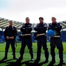 Pierfrancesco Favino, Filippo Nigro, Marco Giallini e Domenico Diele in una foto promozionale del film A.C.A.B.