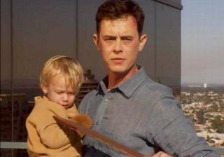 Colin Hanks minaccia di uccidere il piccolo Harrison in una concitata scena dell'episodio This is the Way the World Ends