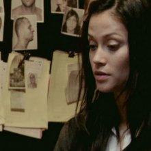 Fernanda Andrade in una scena dell'horror demoniaco L'altra faccia del diavolo