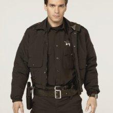 Alcatraz: Santiago Cabrera in una foto promozionale della serie
