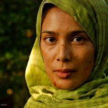 Angel Aquino sul set del film Captive