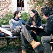Dictado: Juan Diego Botto insieme a Bárbara Lennie e al regista Antonio Chavarrías sul set del film