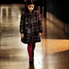 Dictado: la piccola Mágica Pérez protagonista del film in una scena
