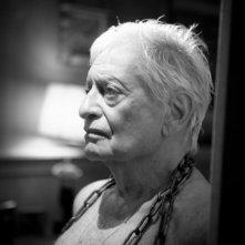 Keyhole: Louis Negin in una scena del thriller drammatico diretto da Guy Maddin