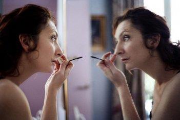 Corinne Masiero è la protagonista di Louise Wimmer, del 2011