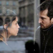 Leïla Bekhti e Guillame Canet in Une vie meilleure (2011)