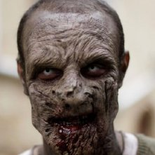 Un famelico zombie in Eaters