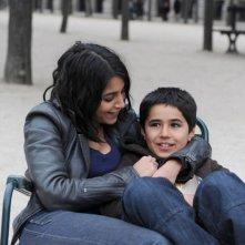 Une vie meilleure:  Leïla Bekhti e Slimane Khettabi in una scena