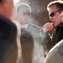 40 carati: Asger Leth sul set del film insieme ad Anthony Mackie