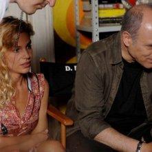 Carlo Verdone insieme a Micaela Ramazzotti sul set di Posti in piedi in Paradiso