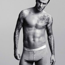 David Beckham posa per l'intimo H&M nel 2011