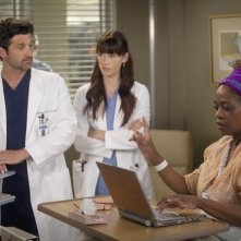 Grey's Anatomy: Patrick Dempsey, Alfre Woodard e Chyler Leigh nell'episodio Heart-Shaped Box