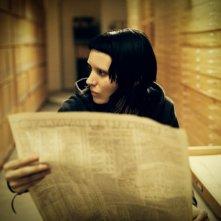 Rooney Mara è Lisbeth Salander in una scena di Millennium - Uomini che odiano le donne