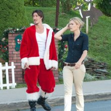 Haven: Emily Rose ed Eric Balfour in una scena dell'episodio Silent Night