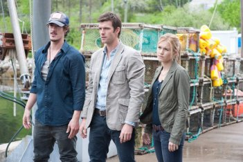 Haven: Eric Balfour, Lucas Bryant ed Emily Rose  nell'episodio The Tides That Bind