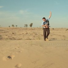 Dubai Flamingo: una sequenza del film