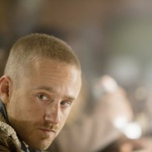 Ben Foster in Contraband - una scena del film