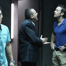 Hawaii Five-0: Alex O'Loughlin, Daniel Dae Kim e Tom Sizemore nell'episodio Ma'ema'e