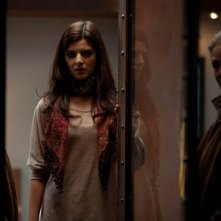La verità nascosta: Clara Lago in una scena del film insieme a Alexandra Stewart