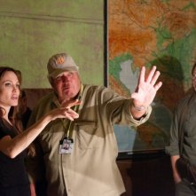 In the Land of Blood and Honey: Angelina Jolie sul set del film insieme al direttore della fotografia Dean Semler
