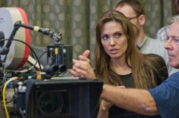 In the Land of Blood and Honey: la regista Angelina Jolie sul set del film