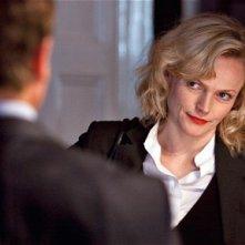 Maxine Peake in una scena della serie televisiva britannica Silk