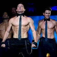 Channing Tatum in azione durante uno spogliarello in una scena di Magic Mike