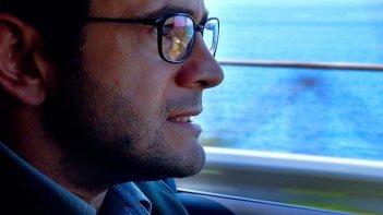 Sulla strada di casa: Vinicio Marchioni in un'immagine del film