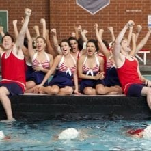 Glee: Lea MIchele, Cory Monteith, Dianna Agron, Naya Rivera e Chord Overstreet in una scena dell'episodio Sì/ No