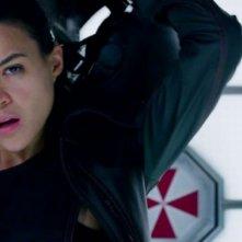 Resident Evil: Retribution, Michelle Rodriguez in una scena del film