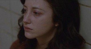 Andrea Riseborough in una scena del film Shadow Dancer