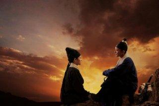 The Flying Swords of Dragon Gate: Xun Zhou in una scena del film insieme a Mavis Fan