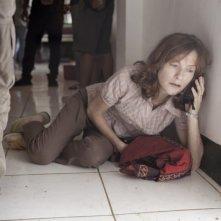 Captive: Isabelle Huppert in una drammatica scena tratta dal film