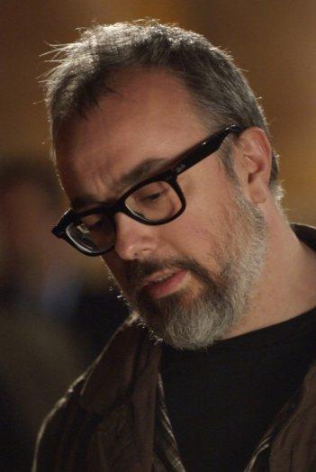 Il regista Alex de la Iglesia sul set de La chispa de la vida