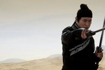 Jet Li in una scena del film The Flying Swords of Dragon Gate