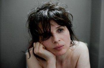 Juliette Binoche nel film Elles