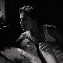 Tabu: Carloto Cotta e Ana Moreira in una scena del film