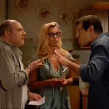 Carlo Verdone insieme a Micaela Ramazzotti e Pierfrancesco Favino in una scena di Posti in piedi in Paradiso