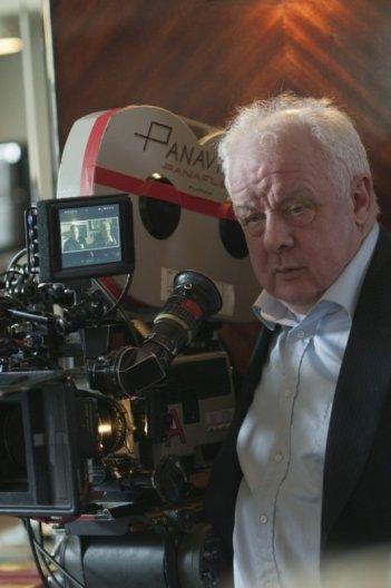 Dream House: il regista Jim Sheridan sul set del film