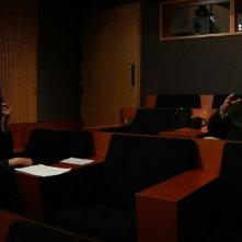 Keanu Reeves in una scena del documentario Side by Side insieme al maestro David Lynch