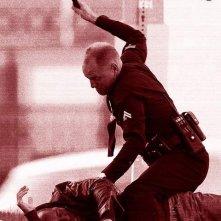 Woody Harrelson poliziotto corrotto e violento in azione in Rampart