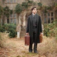 The Woman in Black: Daniel Radcliffe è Arthur Kipps in una scena del film