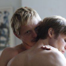 Thure Lindhardt e Zachary Booth sono due amanti gay in Keep the Lights On