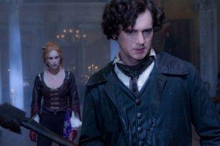 Benjamin Walker ed Erin Wasson in una scena del film La leggenda del cacciatore di vampiri