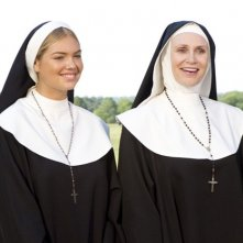 Jane Lynch e Kate Upton interpretano due suore in The Three Stooges